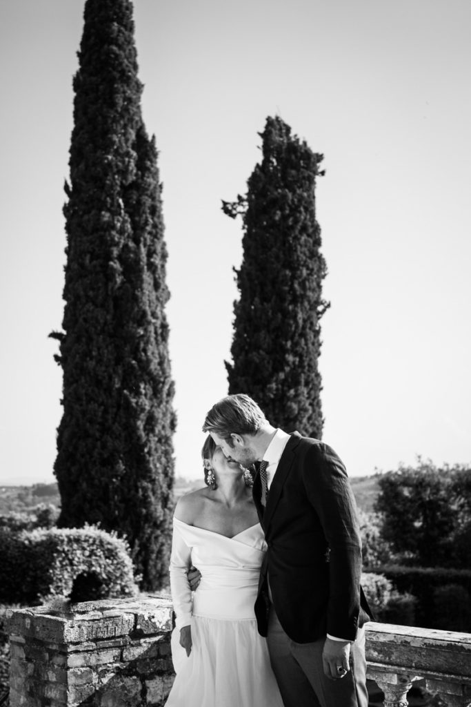 luxury wedding photographer in certosa di pontignano siena