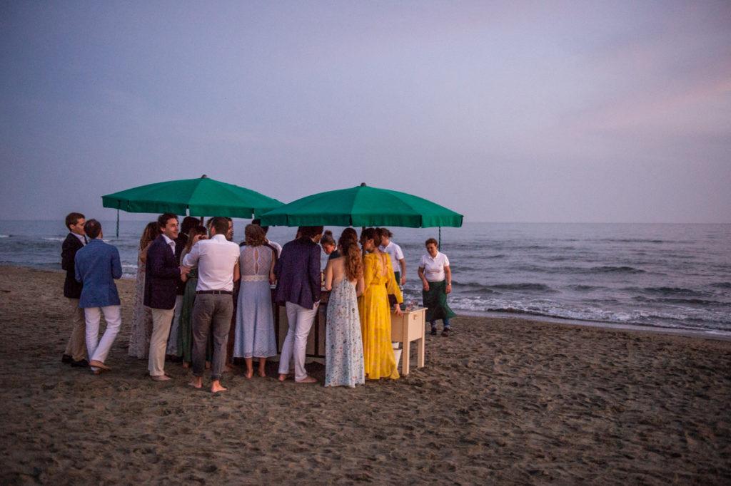 destination wedding photographer in bagno america forte dei marmi