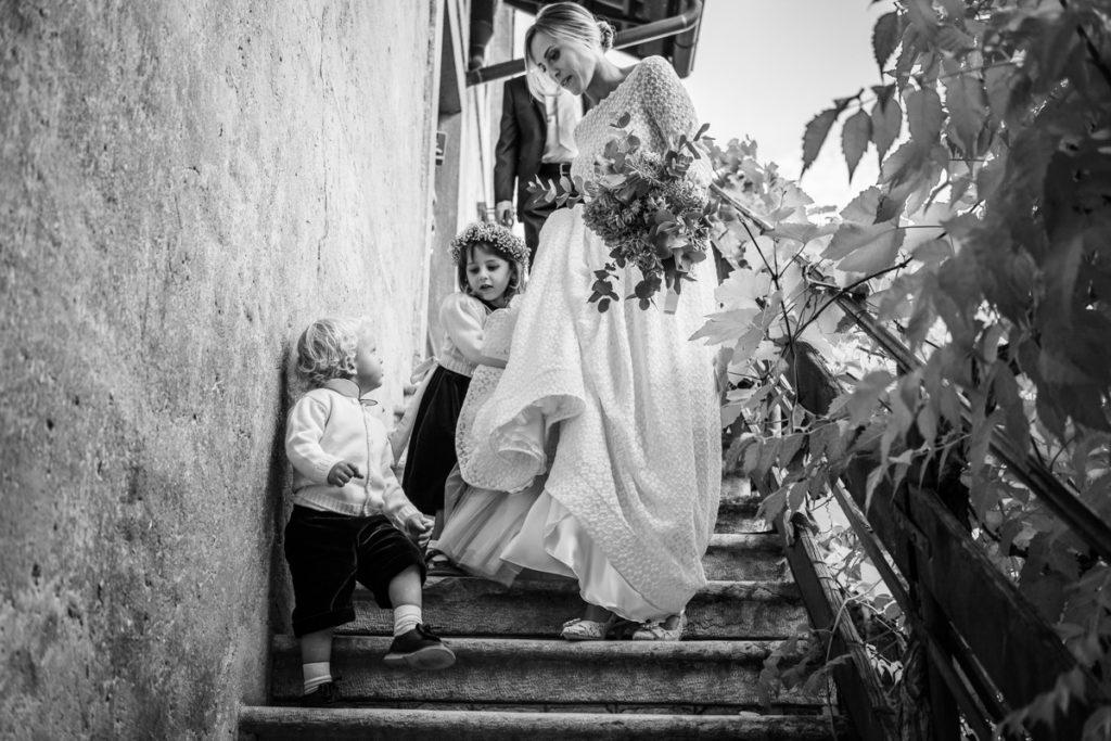 migliore fotografo matrimonio matrimoni Italia Trento bambini lusso elegante vestito sposa Giuliani couture fotografia arte autore villa dimora antica bouquet
