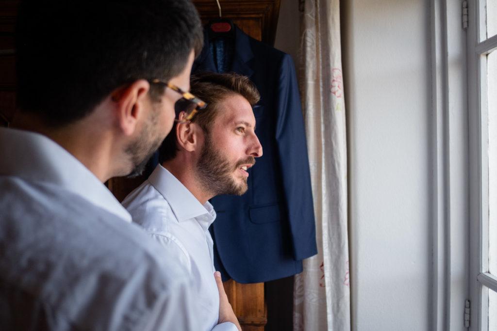matrimonio reportage sposo lusso miglior fotografo piemonte italia eleganza campagna testimone vestito