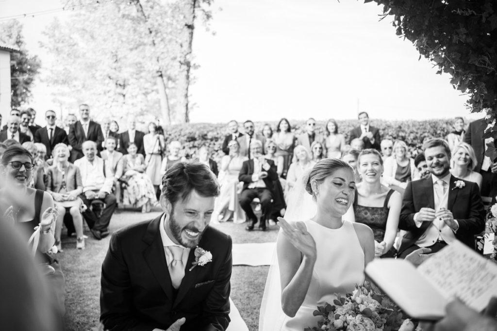 migliore fotografo matrimonio Italia Piemonte Gavi Villa Meirana Broglia vini cerimonia reportage lusso eleganza campagna emozioni sorrrisi fotografia autoriale