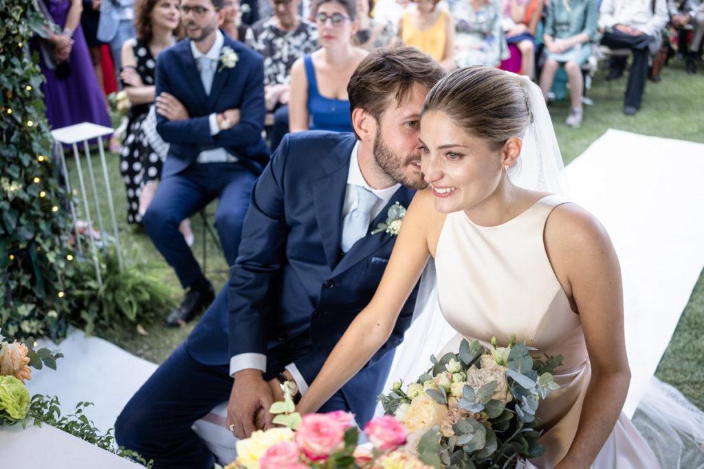 migliore fotografo matrimonio Italia Piemonte Gavi Villa Meirana Broglia vini cerimonia reportage invivtati lusso eleganza campagna intima fotografia autoriale fiori bouquet