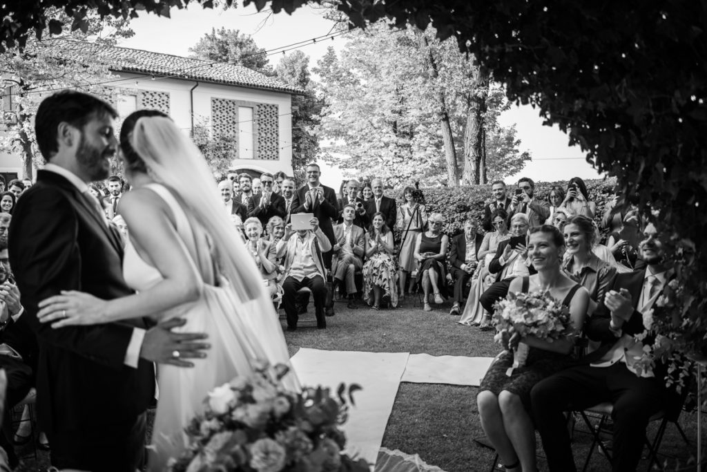 wedding best photographer events bride top dress Piccini reportage legant location country Italy Piedmont cerimony authorial guests