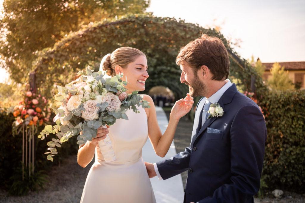 migliore fotografo matrimonio Italia Piemonte Gavi Villa Meirana Broglia vini cerimonia reportage lusso eleganza campagna tramonto servizio fotografico sposi bouquet