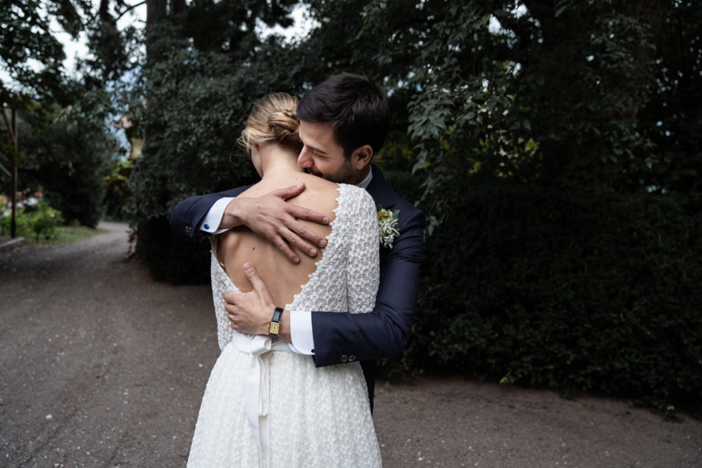 servizio fotografico matrimonio Trento Italia coppia acconciatura sposo amore emozioni reportage sposa vestito autunno acconciatura