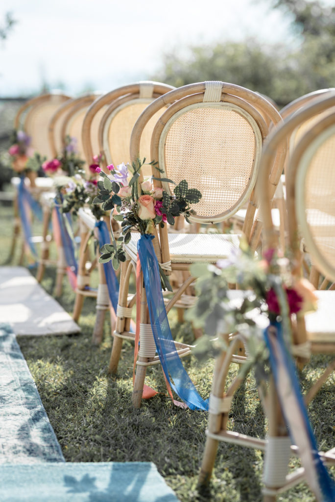 wedding photographer reportage luxury details Italy La Ginestra Finale Ligure Chairs flowers Sara Cattaneo lab decoration cerimony sun summer events locations elegance chic