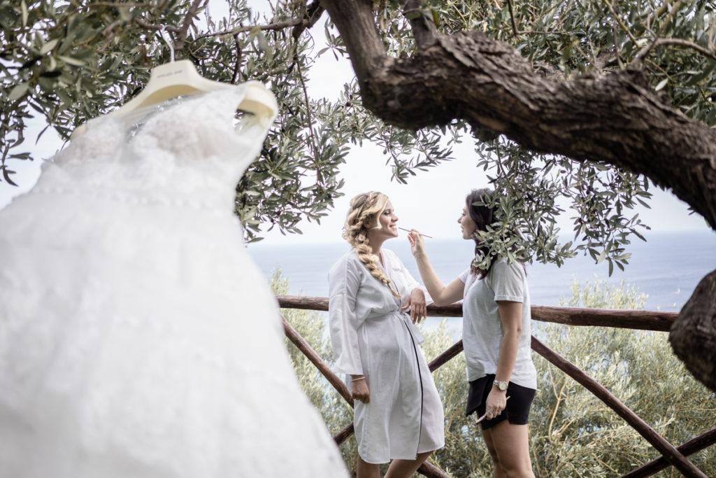 bride dress atelier Eme Genova wedding photographer Italy Liguria Finale Ligure Villa Ulivi La Ginestra mackup Valentina Guria hair stylist wind braid country olive trees