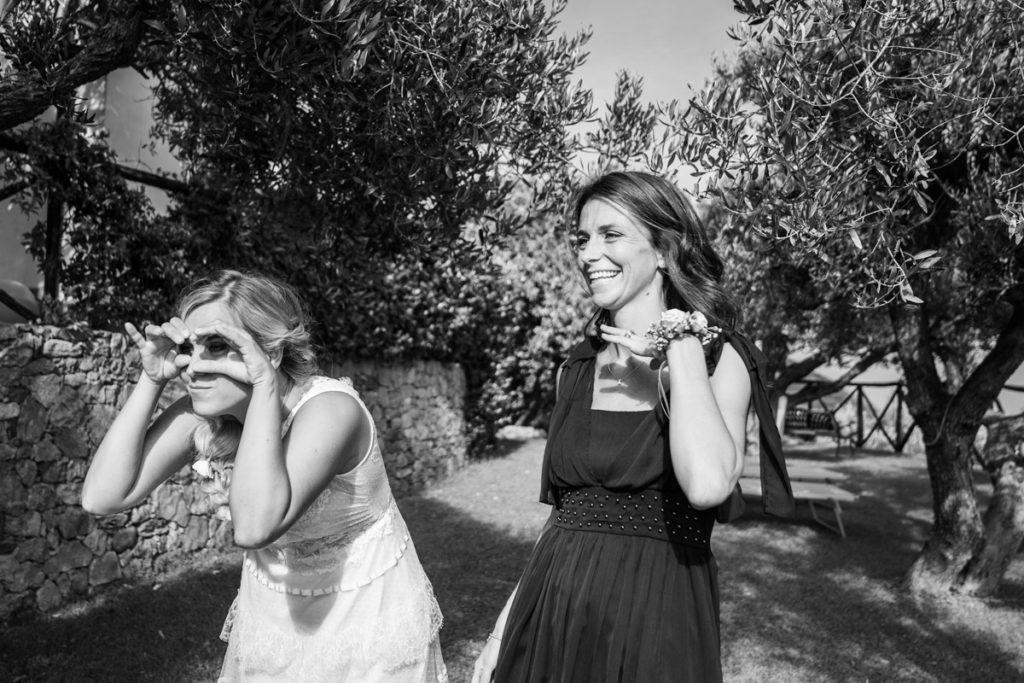 Fotografo matrimonio la Ginestra, abito sposa location ulivi truccatrice lusso Valentina Guria atelier eme genova sposa fotografia